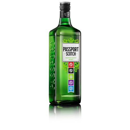 Passport-Strong-Angle-Bottle_Right_Cut-Out_Reflect_RGBP_RE2