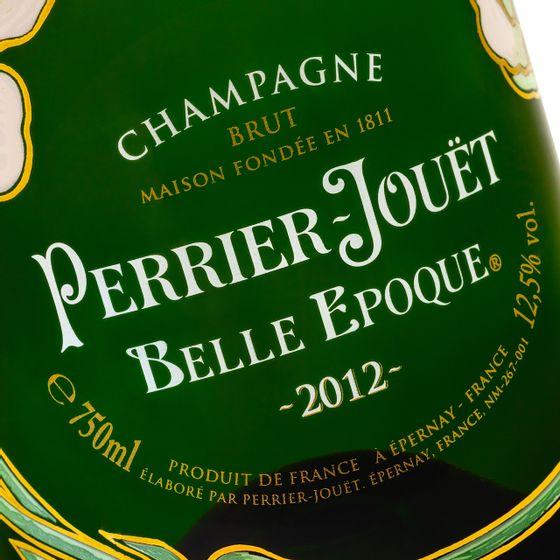 Perrier-Jouet-Belle-Epoque---closeup1_Easy-Resize.com