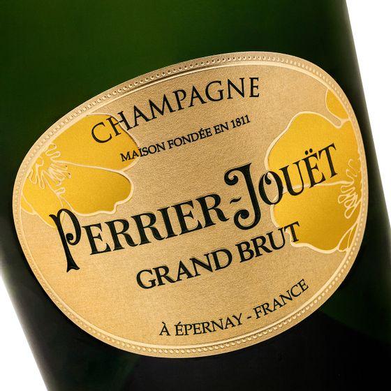 Perrier-Jouet-Grand-Brut---closeup1_Easy-Resize.com