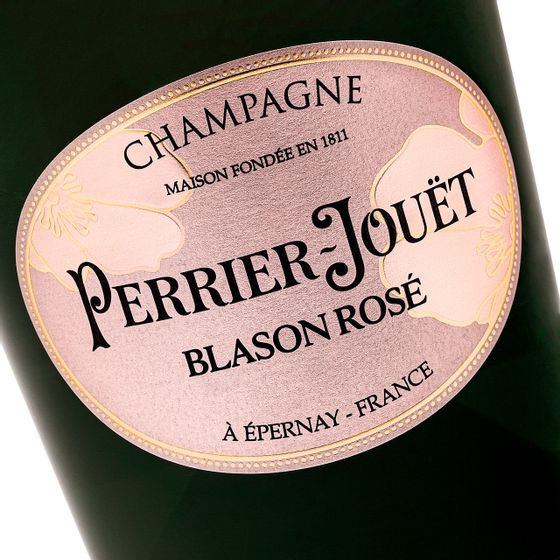 Perrier-Jouet-Blason-Rose---closeup1_Easy-Resize.com